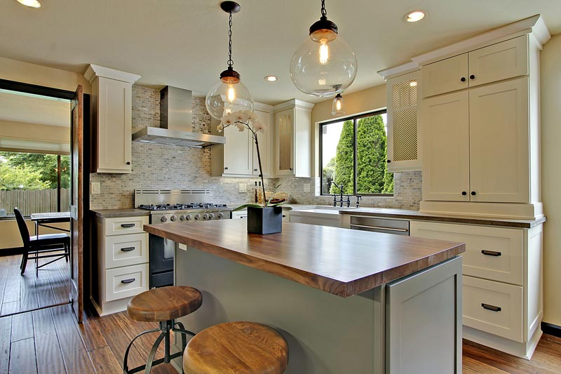 Painted Cabinets - Add Style to Your Kitchen Design
