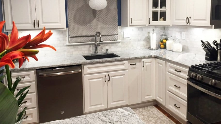 How Much Does It Cost to Paint Kitchen Cabinets? | Angie's List