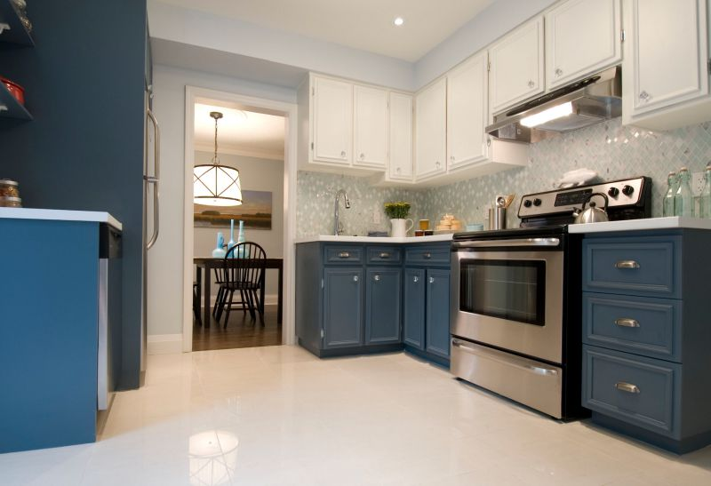 Beginner's Guide to Kitchen Cabinet Painting