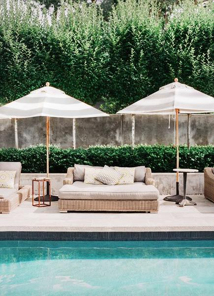POOL FURNITURE : 3 SIMPLE WAYS TO UPLIFT YOUR SUMMER WITH POOL
