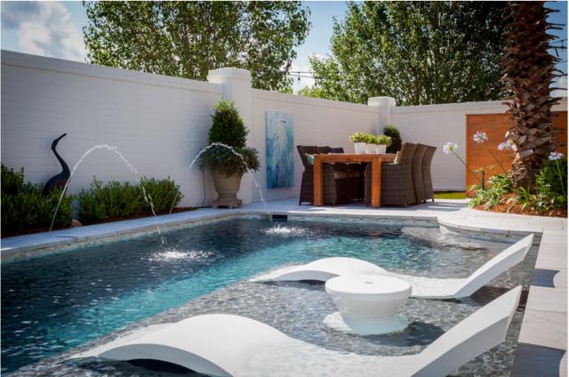Ledge Lounger: The Ultimate u201cIn-Wateru201d Pool Furniture - Luxury Pools