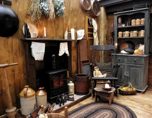 What is primitive home decor and how to use primitive style at home