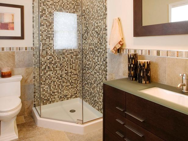 Patterned Tile Adds Visual Interest to Guest Bath