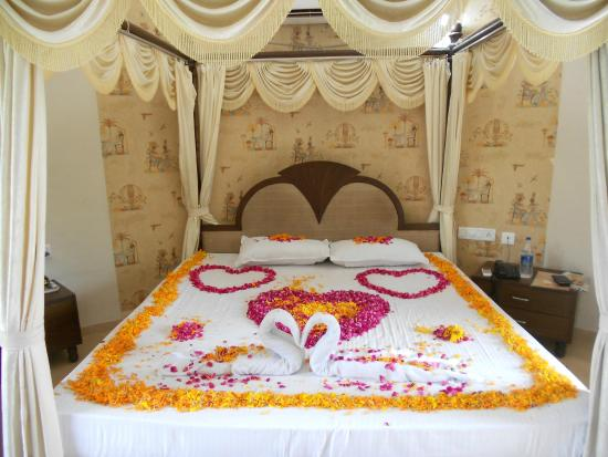 Room Decoration - Picture of Aum Health Resort, Vadodara - TripAdvisor