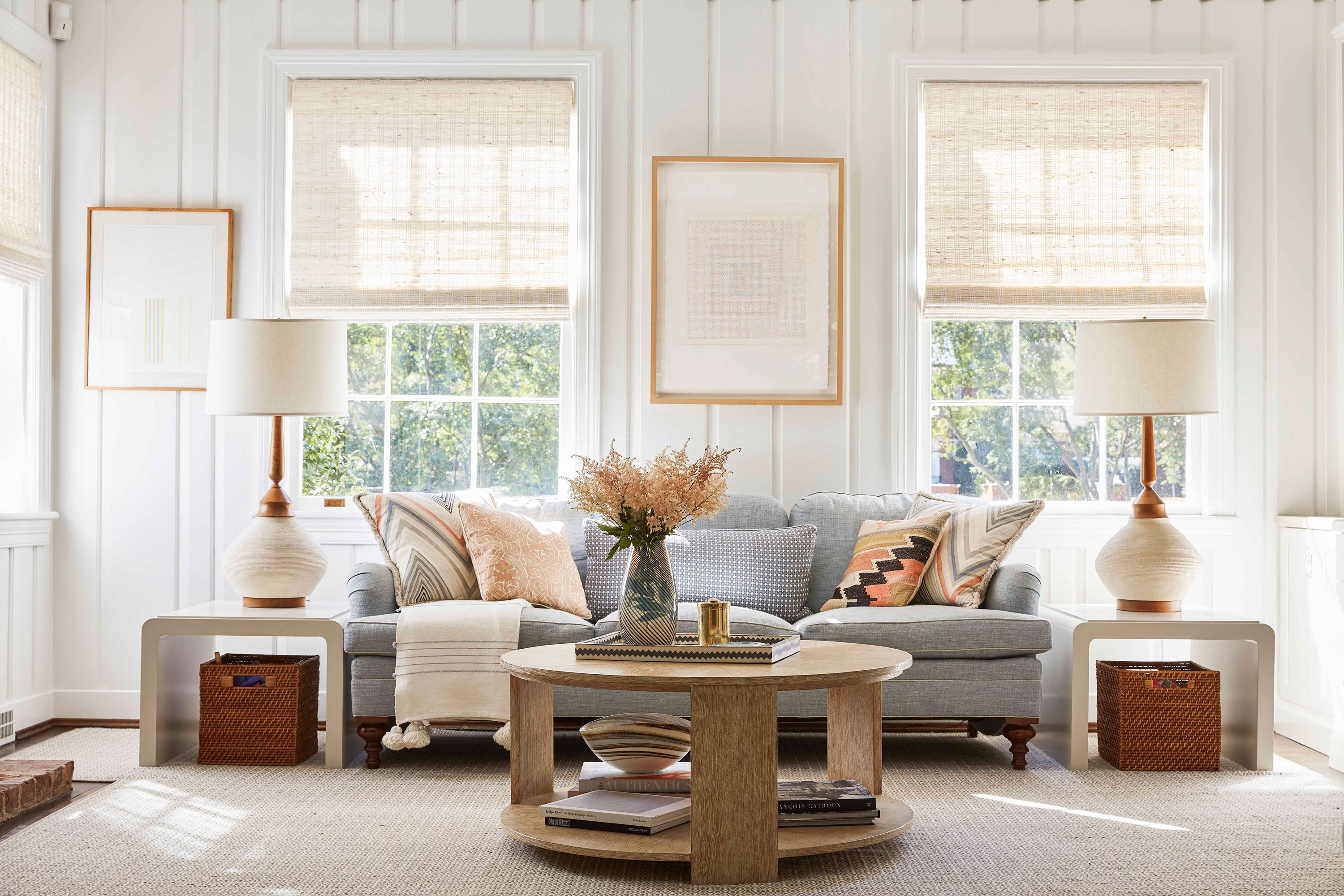 Small Living Room ideas –   Utilize the space