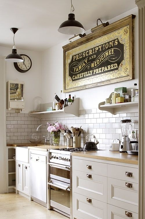 vintage Kitchen - I really, really like this! I'd just add my own
