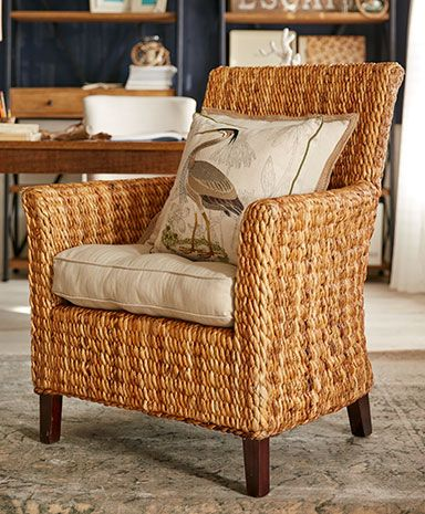 Pros of buying wicker   furniture