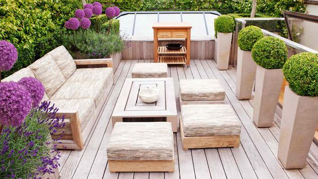 Wooden garden furniture u2013 For every beautiful garden needs a perfect