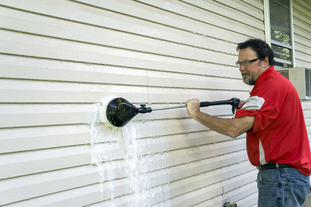 Washing The only guide to painting aluminum panels you need