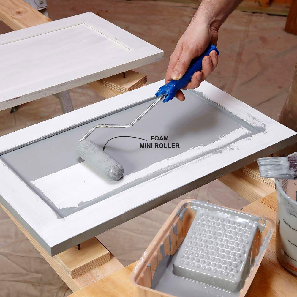 paint1 Painting kitchen cabinets from laminate (quick guide)