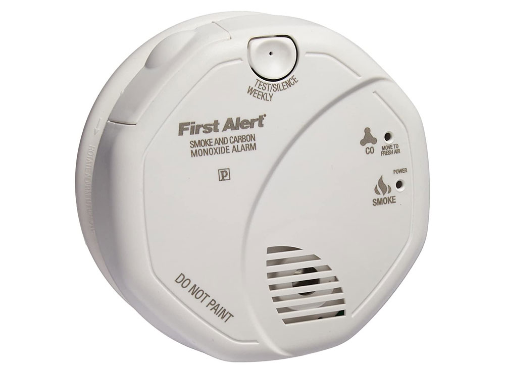Fire and carbon monoxide detector How to improve the security of your home with a few affordable devices