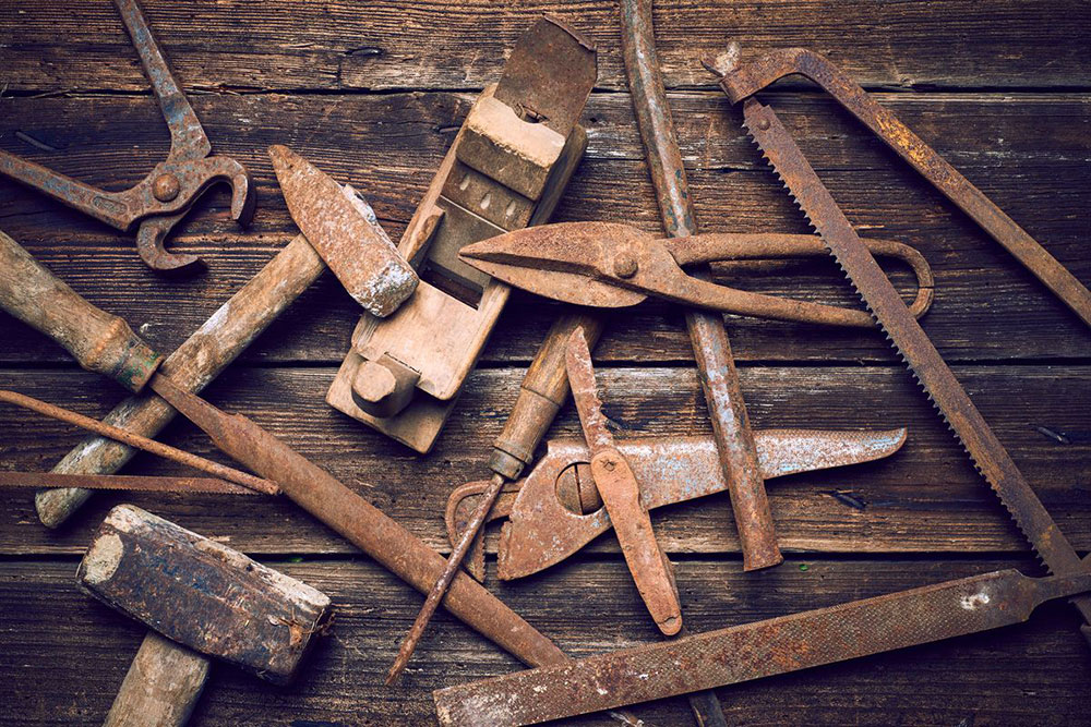 rusted tools How to easily remove rust from tools
