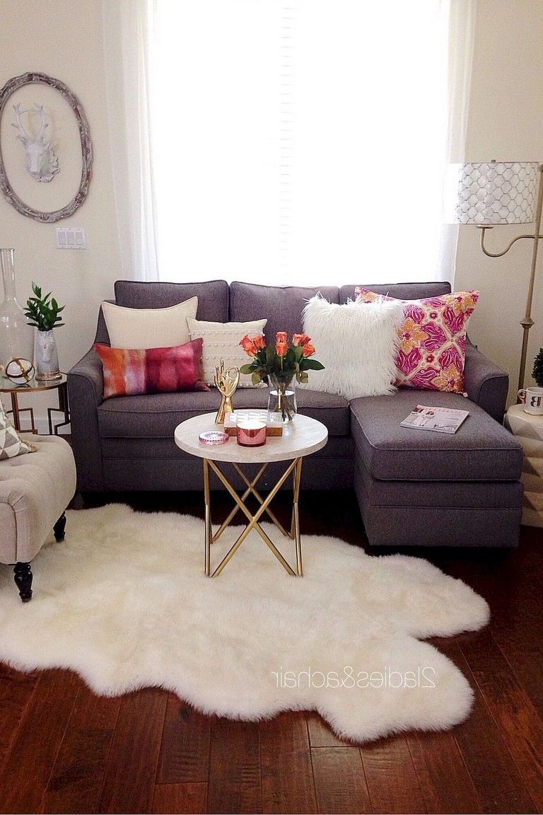 10 hacks and tricks to decorate your   studio apartment on a budget