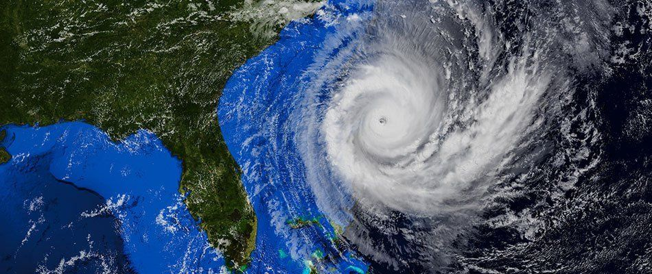10 Ways to Protect Your Home During a Hurricane | SecurityNe