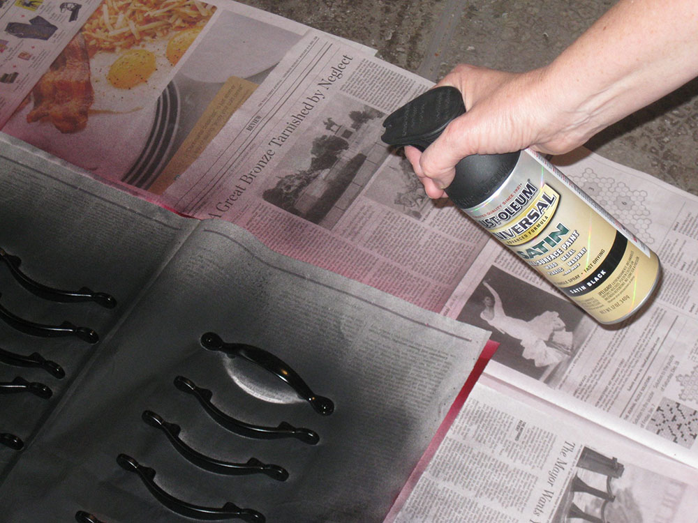 spray How to paint kitchen cabinets without sanding