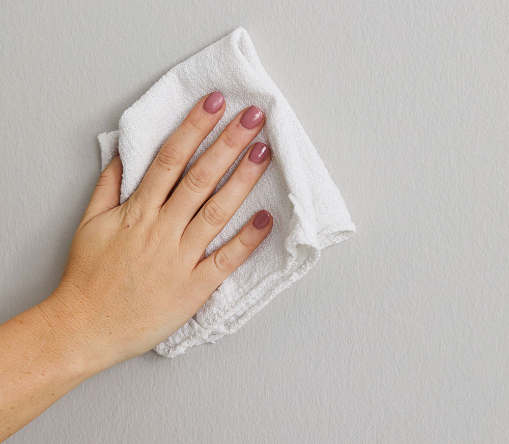 Clean-Wall How to hang pictures on plaster walls and let them stick there