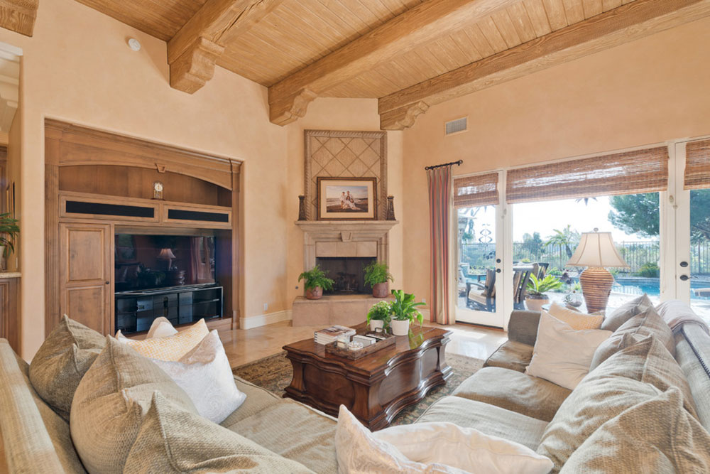 Meadows-Del-Mar-Occupied-Home-Staging-by-Shelley-Sass-Designs The best colors for living room colors that you can try to improve your room