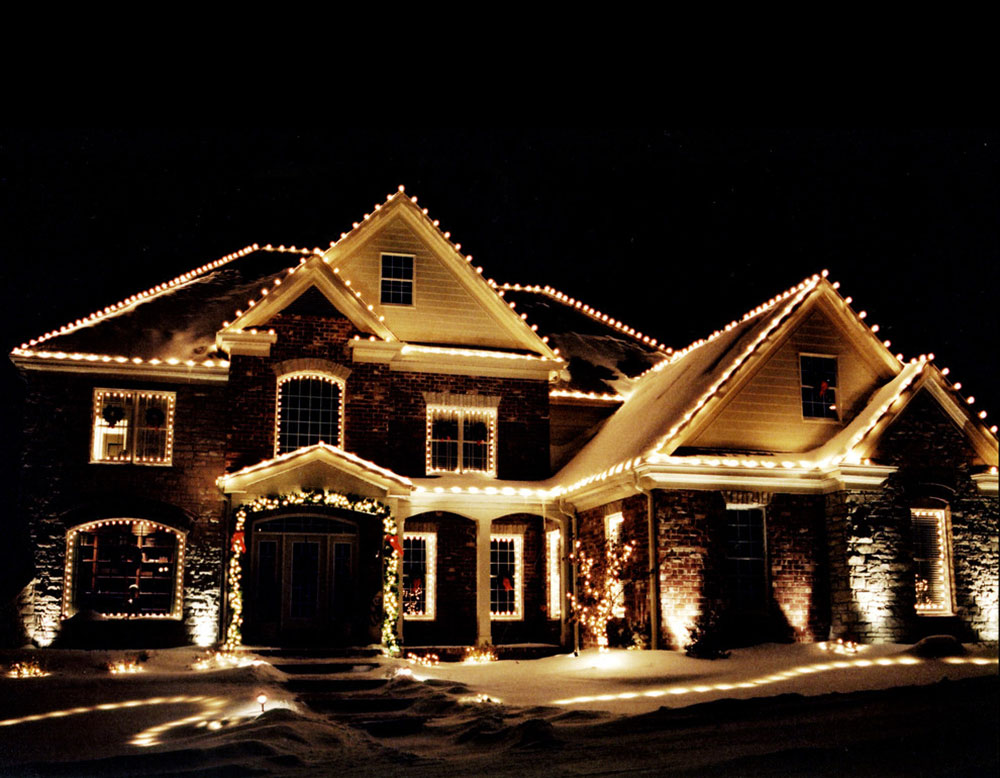 Residential-Christmas-Decor-by-Christmas-Decor-by-Aqua-Pool Ideas for outdoor Christmas lights that you can use to decorate your home