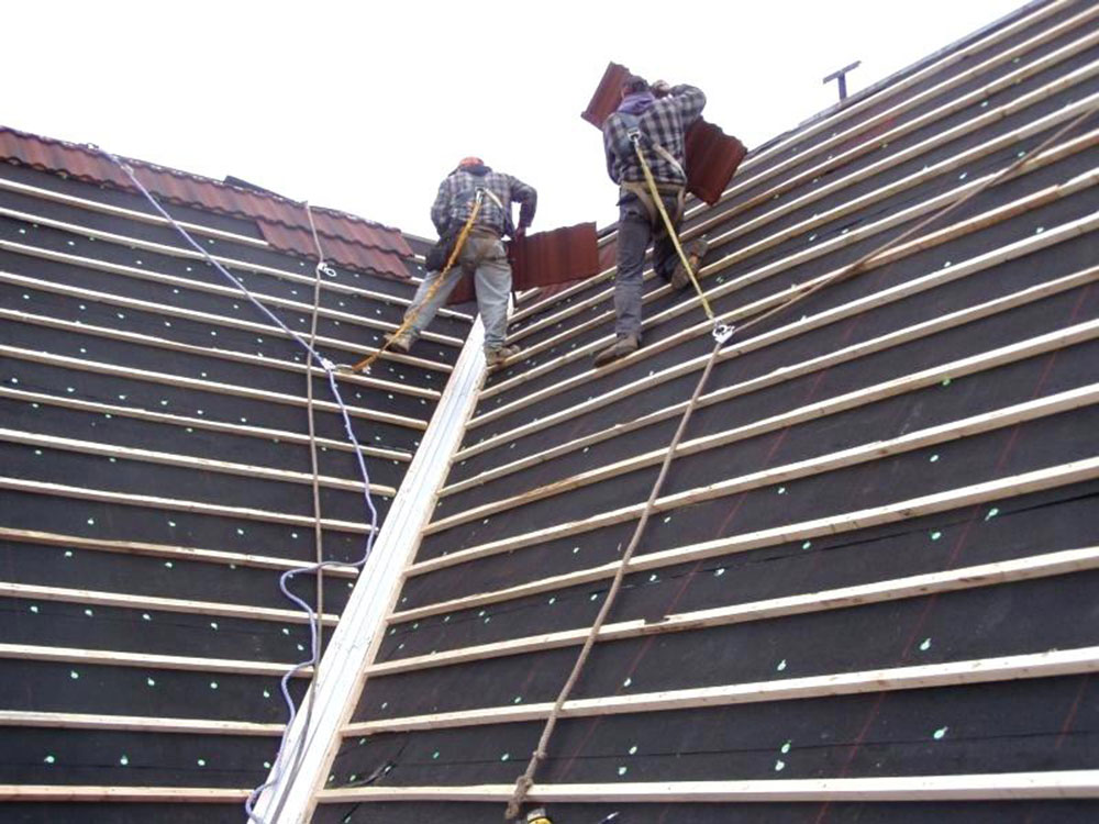 Purlins1 How to install metal roofs over shingles (yes you can)