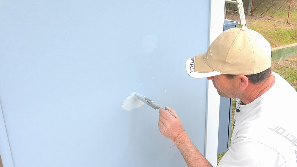 Repair How to clean walls with flat paint without ruining them