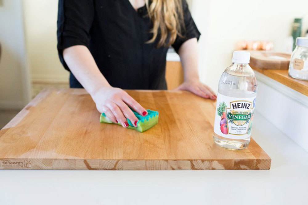 Vinegar How to remove candle wax from walls and wood