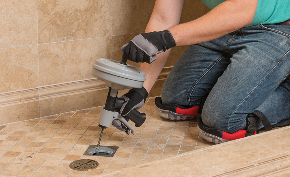 drain How to remove bathroom tiles and do not cause any major problems