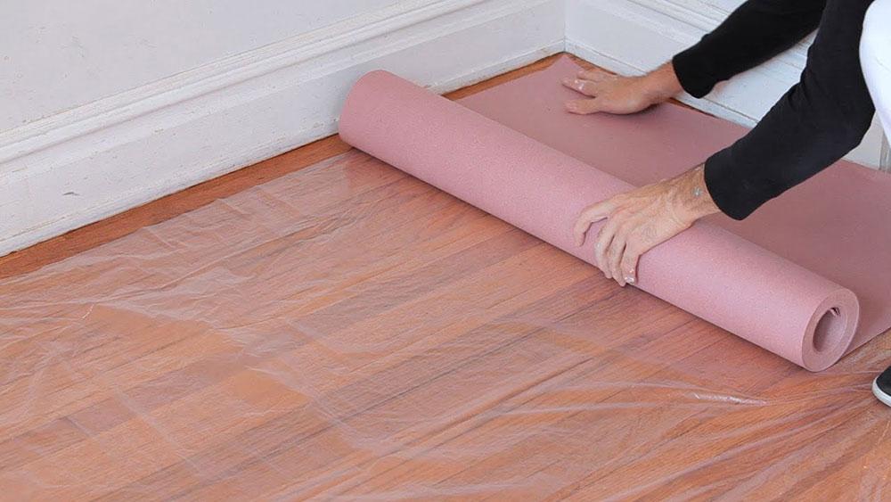 Plastic tarpaulins How to remove bathroom tiles and make no big problems