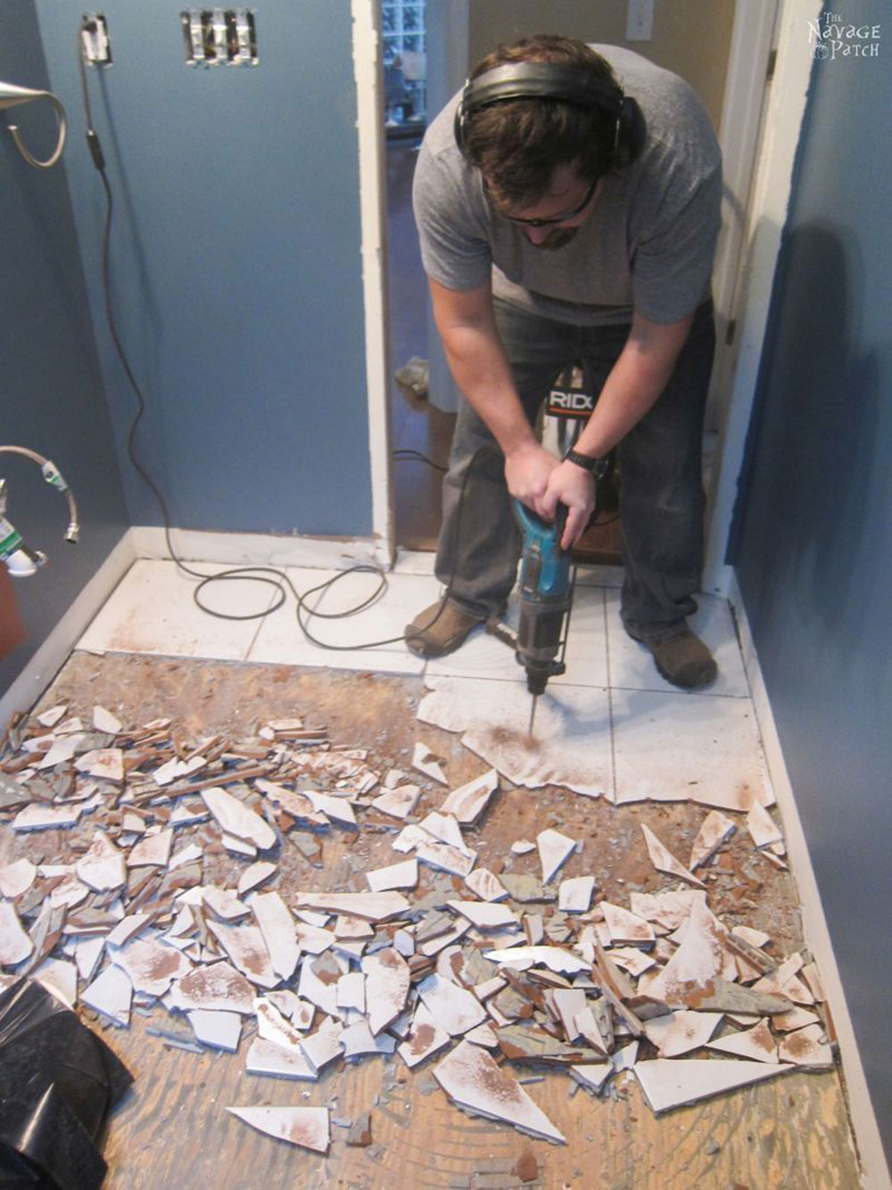 Touch To Remove Bathroom Tiles and don't cause any big problems