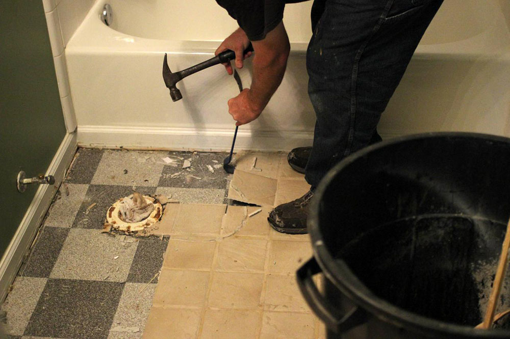 Removal How to remove bathroom tiles and make no big problems