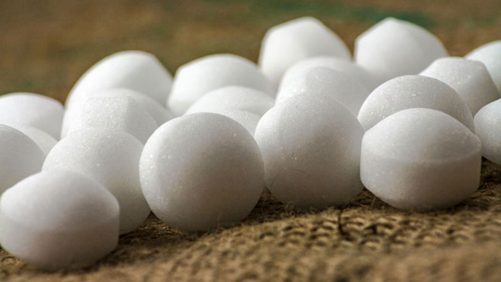 Mothballs How to get rid of roof rats once and for all