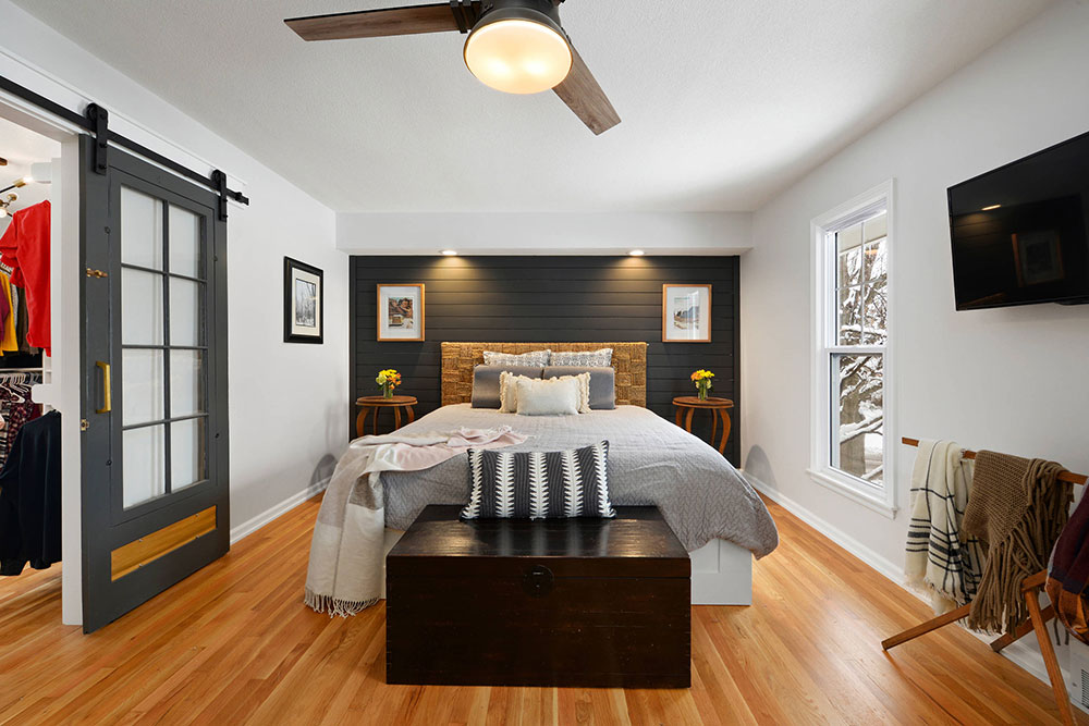Overland-Park-Remodel-by-Picture-KC How to arrange a small bedroom with a queen-size bed