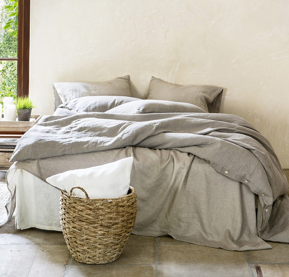 t1-38 The many types of bedding that you could get for your bedroom