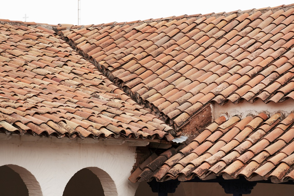 t3-23 How long does a roof last and when do you have to change it?
