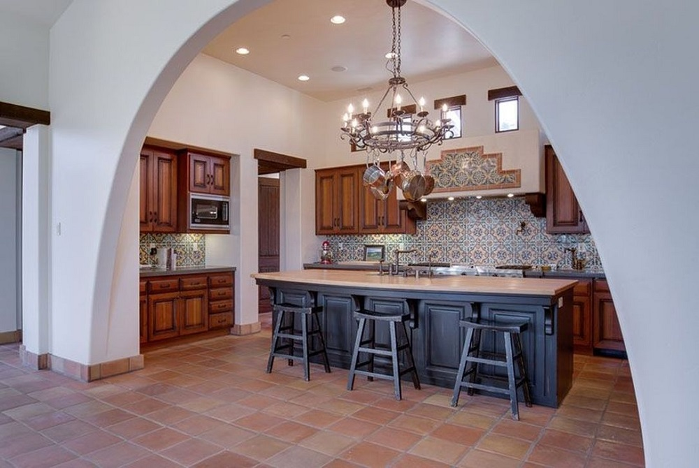 t7-3 Try a Spanish style kitchen.  Here are some amazing decorating ideas