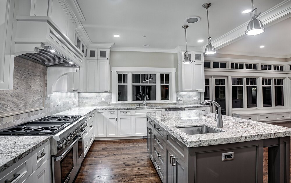 t3-1-4 worktops made of white ice granite, inspiration and tips for their use