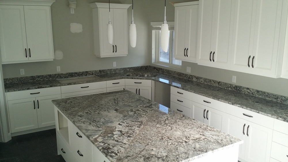 t3-118 White ice granite countertops, inspiration and tips for using them