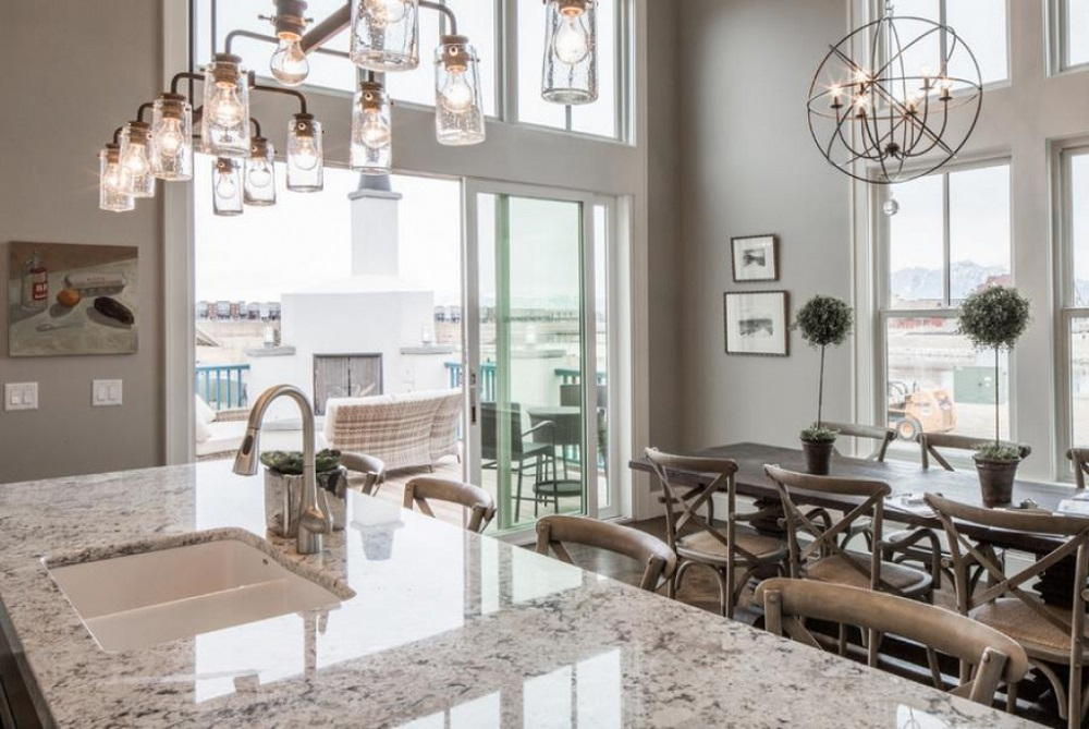 t8-12 White ice granite countertops, inspiration and tips for using them