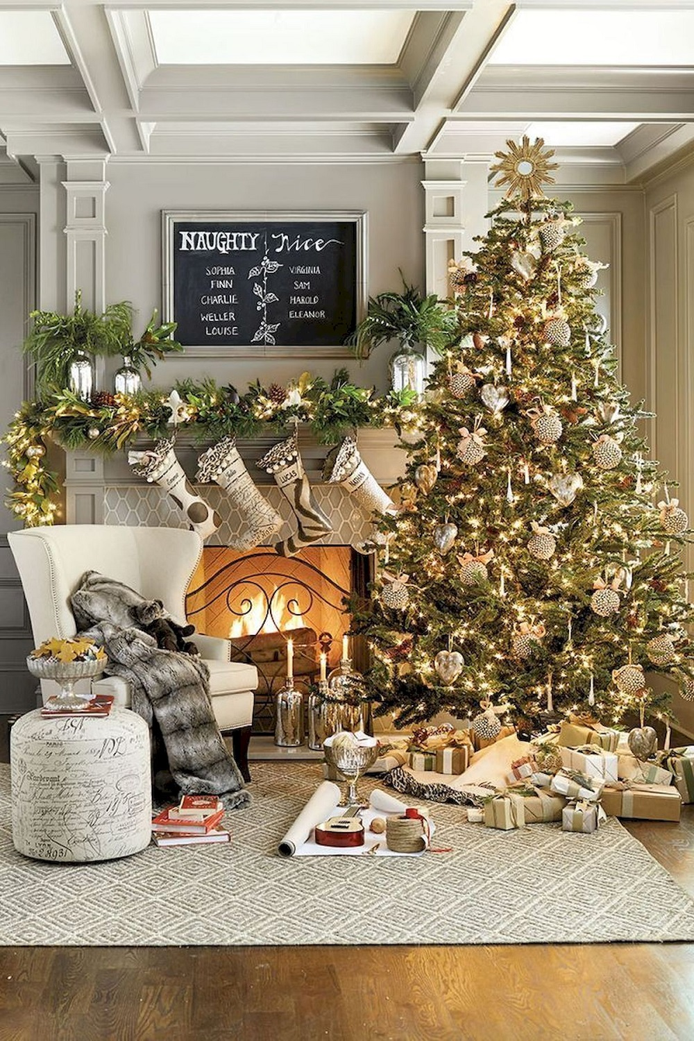 t4-11 Modern Christmas decoration ideas that are heartwarming