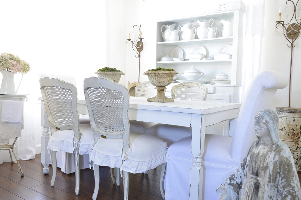 t2-84 Ideas for using distressed furniture for an impressive interior design