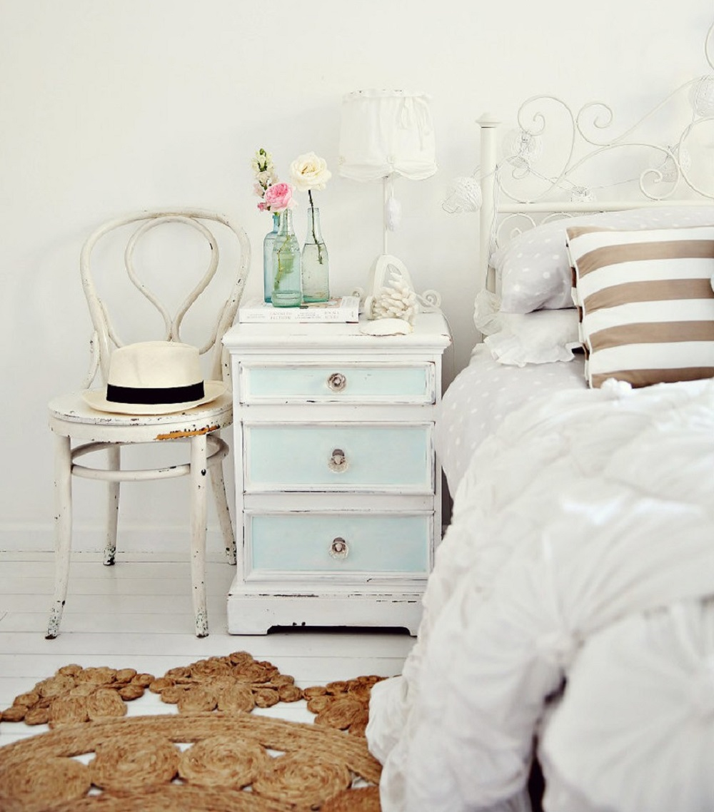 t3-7 Ideas for using distressed furniture for an impressive interior design