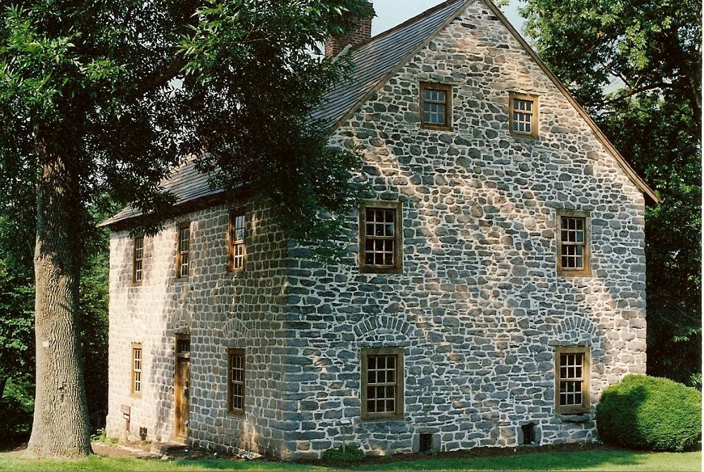 t2-81 Interesting things you should know about colonial houses