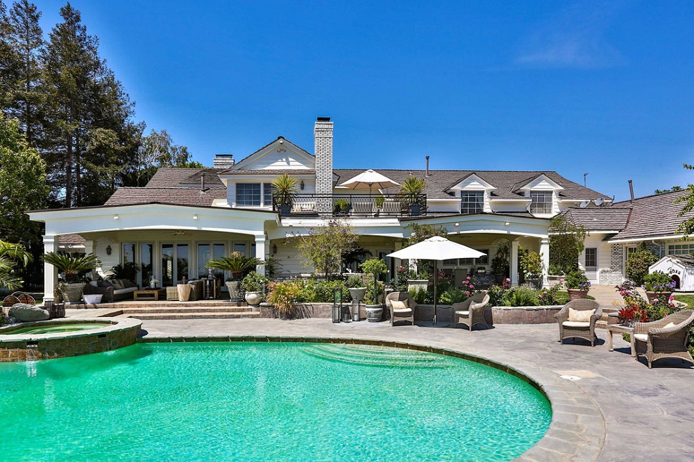 t4-3 Amazing celebrity houses you must see