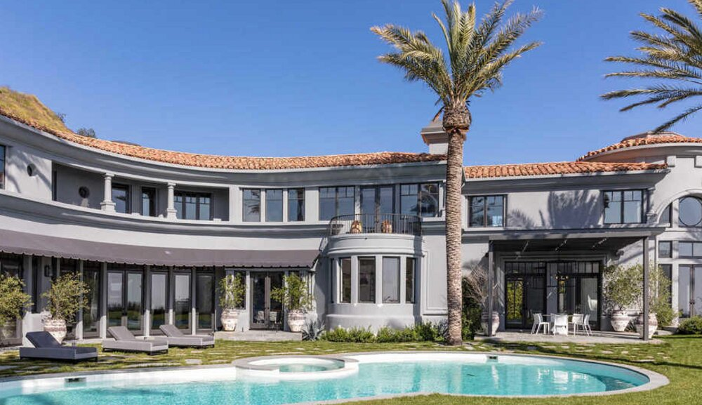 t1-1-1 Amazing celebrity houses you must see