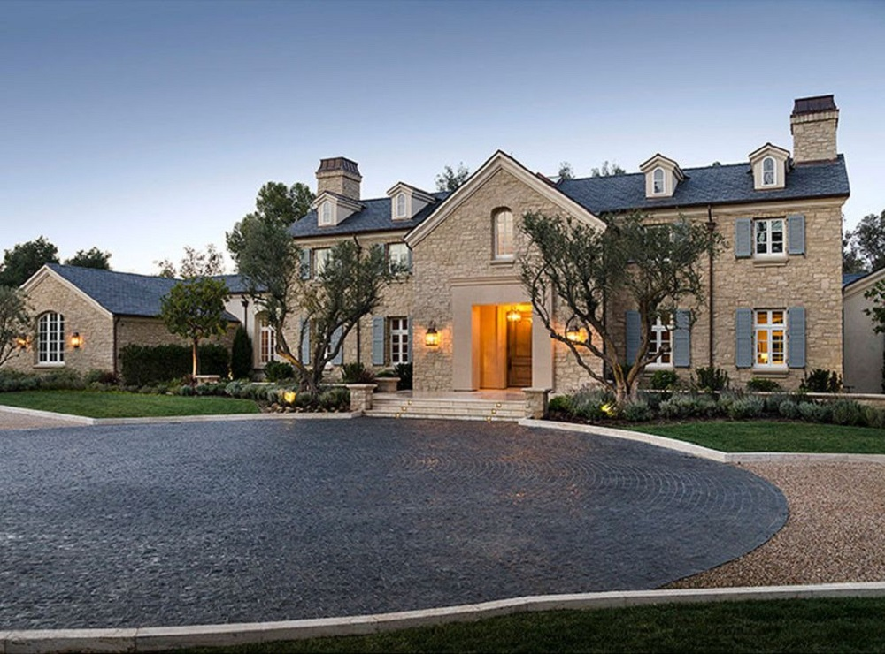 t2-13 Amazing celebrity houses you must see