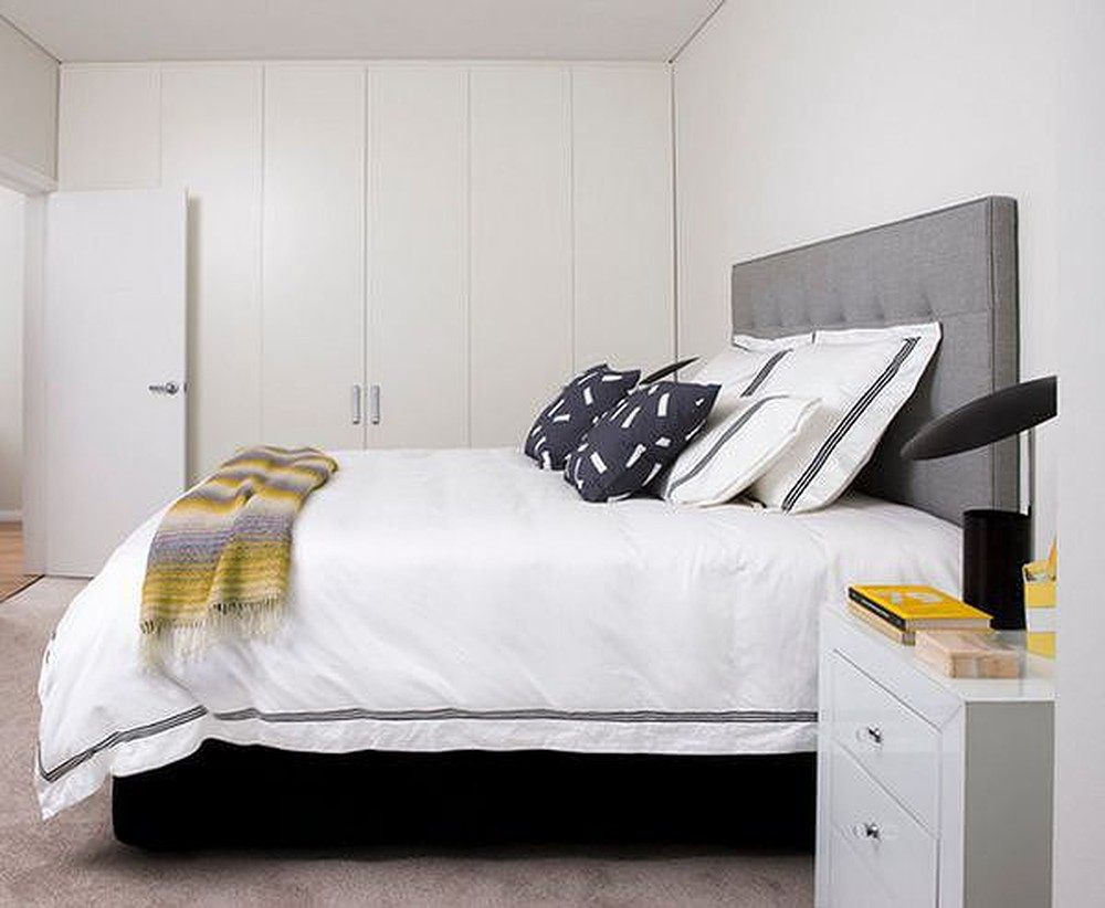 f16-1 How to create a Feng Shui bedroom layout with little effort