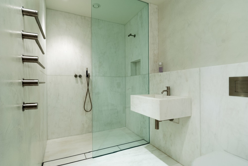 wb9 ideas and tips for walk-in showers (cost, size and more)