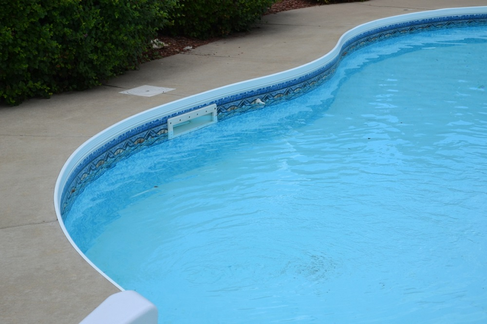 win7 How to winterize an above-ground pool (An easy-to-follow guide)