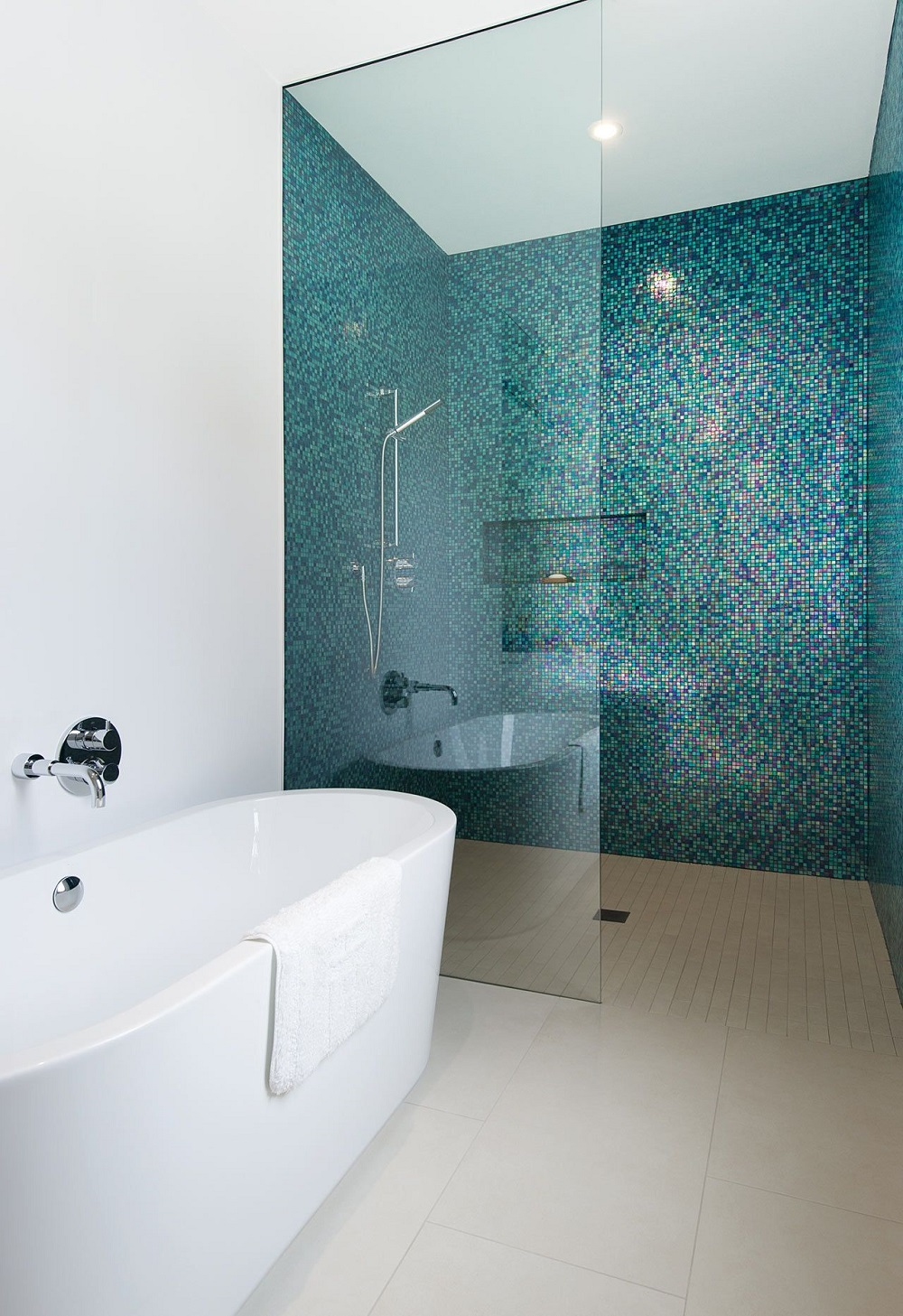 bath4-1 Awesome looking shower tile ideas and designs to check out