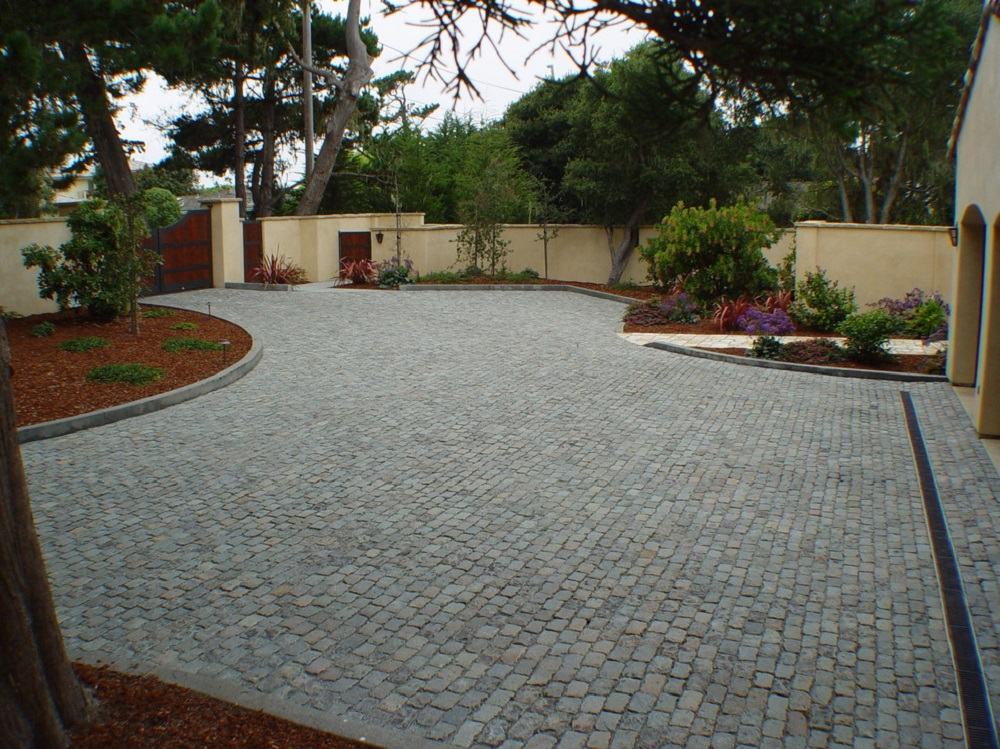 dw11 The types of driveways you could have for your home