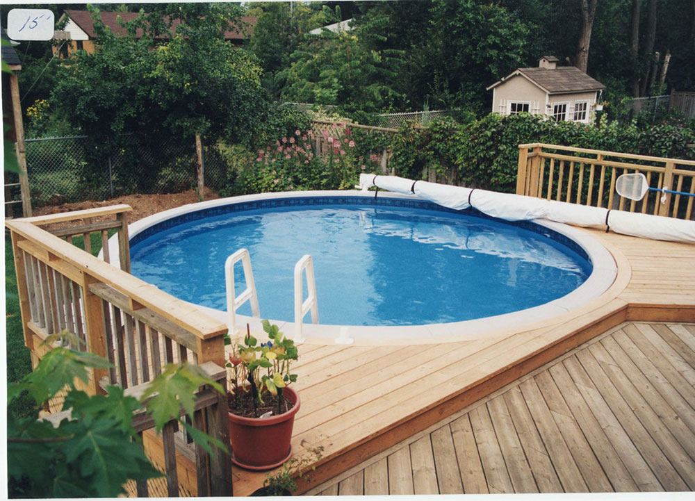ag10 Cool above-ground pool decks to use as inspiration for your own